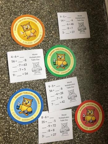 Karty egzaminacyjne oraz odznaki dla uczniów