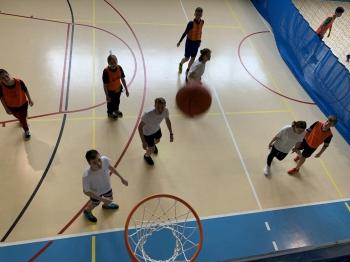 Klasy 7-8- rozgrywki w koszykówkę cz.4